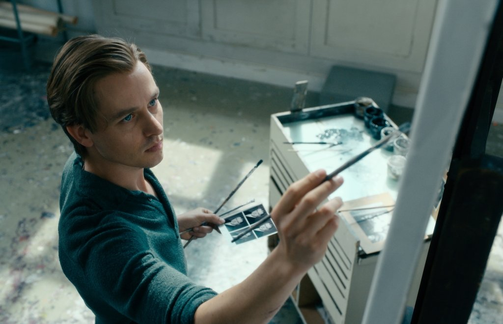 Movie Review: Never Look Away (Werk ohne Autor)